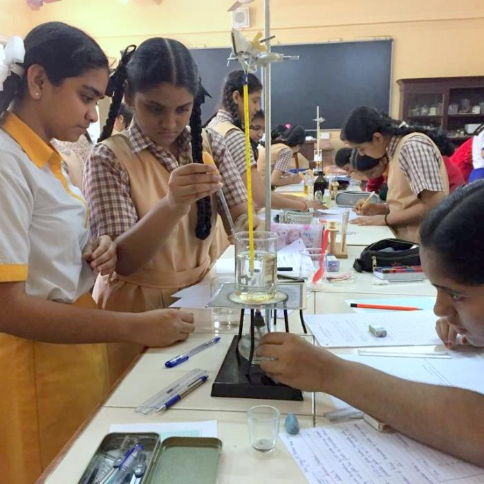 Lab (4)